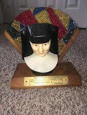 """Goebel Bust """"The Franciscan Sister Maria Innocentia Hummel"""" 1978 Collectors Club"""