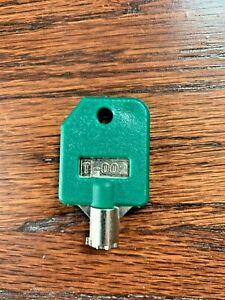 Tubular Lock Key T-002 GREEN for 1800 vend, SSF, LYPC, V-line Bulk Vending. Rare