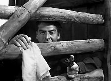 PHOTO LA POURSUITE INFERNALE -  VICTOR MATURE - 11X15 CM  # 2
