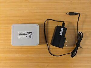 D-Link 5-Port Gigabit Unmanaged Desktop Switch - good working order, free ship