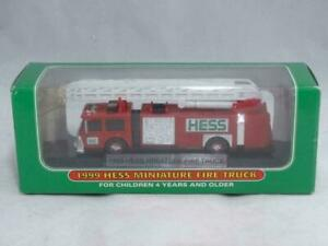 NEW 1999 HESS MINIATURE FIRE TRUCK w/LADDER ON STAND COLLECTIBLE NEW IN BOX MINT