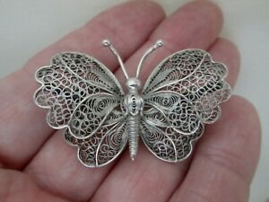 Vintage Filigree Butterfly Insect Scalloped Wings C Clasp Art Deco Brooch Pin