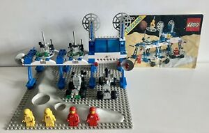 GENUINE VINTAGE (1983) LEGO CLASSIC SPACE #6930 'SPACE SUPPLY STATION' 100%