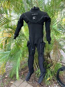 Aqualung Fusion Bullet Drysuit L/XL with Pee Valve