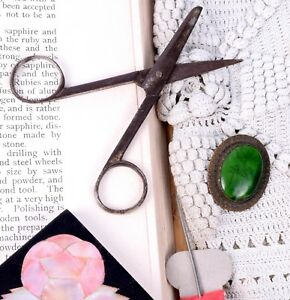 Vintage Small Shears Paper Sheet Cutting 3 Inches Scissors Home Tool.G47-214 US