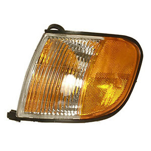 New Aftermarket Driver Side Front Parking and Signal Lamp Assembly 0K08A51070-v