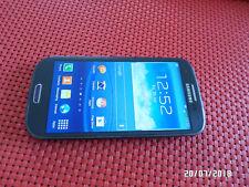 Samsung Galaxy S3 GT-I9300 16GB 8MP Unlocked Smartphone in Pebble Blue