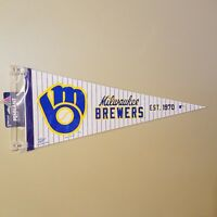 MILWAUKEE BREWERS MLB RETRO LOGO FELT PENNANT WITH HOLDER