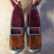 paire de  feux arrieres peugeot 404 cabriolet  pinifarina 1963