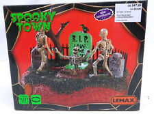 LEMAX SPOOKY TOWN - 2017 - LONG TIME NO SEE - LIGHTED AND ANIMATED - NIB