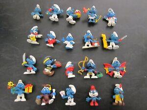 Smurf Lot of 20 smurfs (e)