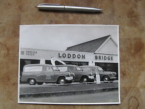 1950's Photograph - Loddon Bridge car dealership / Brown's of Earley -Nr Reading
