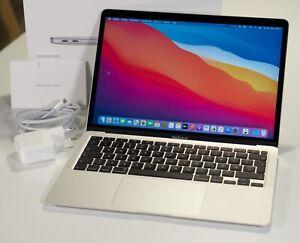 """Apple MacBook Air Retina 2020 13,3"""" silber, 8GB RAM, 256 GB SSD, Intel Core i5"""