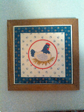 Vintage Country Hen wood and ceramic trivit or wall decor, 9.5x 9.5""