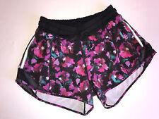 Lululemon Hotty Hot Short - Size 4 - Midnight Bloom Black
