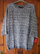 Ladies jumper size 18 black white casual big knit 3/4 cuff sleeves BNWT