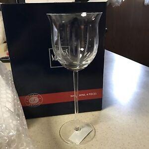 NEW!! MIKASA Global Cuisine White Wine Glasses~Set Of 4