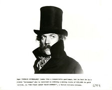 DONALD SUTHERLAND THE FIRST GREAT TRAIN ROBBERY IN TOP HAT ORIGINAL STILL PHOTO