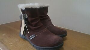 Ladies leather ankle boots size 4