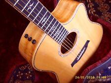 GUITARE TAYLOR USA ELECTRO-ACOUSTIQUE DREADNOUGHT 6 CDES SIKTA/KOA K10 DROITIER