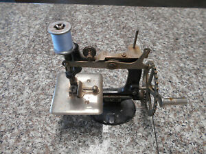 Vintage Singer Child's Miniature Hand Crank Sewing Machine