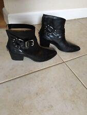 Frye Boots - Black - Zoe Ring Short Leather - Sz 8