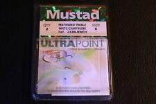 Mustad 233BLNWCH-06 Size 6 White Chart Dressed Feather Treble Hooks Pack of 2