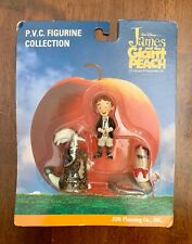 JAMES AND THE GIANT PEACH Disney PVC Figures James, Earth Worm, & Glow Worm set