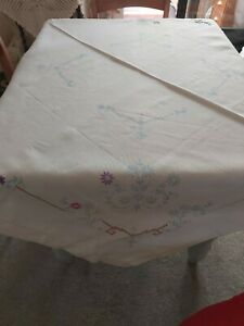 Embroidered Tablecloth Unfinished IncompleFloral  Design Square Linen