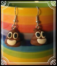 ** ~ poop emoji boucles d'oreilles-emoticon humour fait main fimo stocking filler ~ **