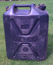 EX BRITISH ARMY HEAVY DUTY 20L PLASTIC WATER CONTAINER / JERRY CAN