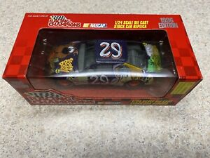 1997 Preview Edition Racing Champions 1/24 scale #29 Robert Pressley Scooby Doo