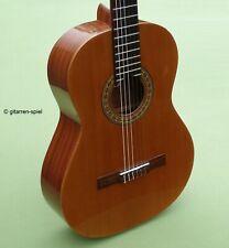 4/4 Spanische Konzert-Gitarre Raimundo y Aparicio RTE 90 Zeder massiv 1A Top!