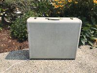 """Vintage Samsonite Blue/Green Streamlite Large Luggage  Shwayder Bros 21"""""""