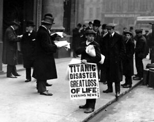 New Photo TITANIC Disaster, Great Loss of Life - Newsboy at White Star - 6 Sizes