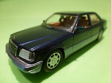 MINICHAMPS  MERCEDES BENZ E200 E420 1993 - BLUE 1:43 - RARE SELTEN - EXCELLENT