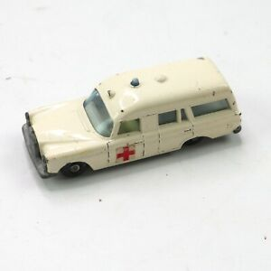 "Matchbox Series 3 White Mercedes ""Binz"" Ambulance"