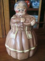 TWIN WINTON GRANNY COOKIE JAR 1962 wTray  of Cookies** Harder to Find**