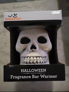 Jumbo Skull FRAGRANCE BAR WAX WARMER Halloween Melt Plug-in Skeleton Brand New