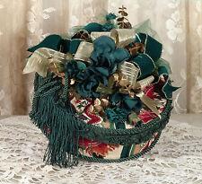 Victorian Keepsake / Trinket Hat Box in Hunter Waverly Print - Vintage Style