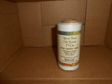 (1) roll of (white) waxed thread 138 fine.  595 yards.  1206-13