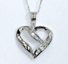 5d22a31ca0ba Colgante de Corazón Diamante Oro Blanco Collar Redondo Brillante Baguette  .15c