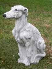 Gartenfiguren skulpturen aus steinguss mit hunde motiv for Gartenfiguren aus steinguss