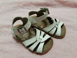 Salt Water Sandals By Hoy Toddler Sz 4 White Leather Shoes Flaws