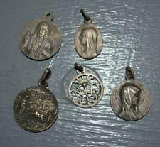 Lot de 5 Médailles Religieuses Différentes