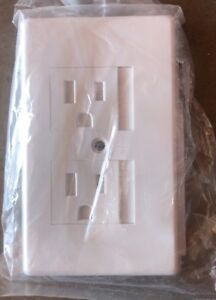 NEW Cooper TRW15W Tamper Resistant Wallplate Cover White
