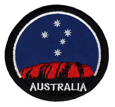 am53 Uluru Ayers Rock Australien Roter Berg Aufnäher Patch Bügelbild 8 x 7,4 cm