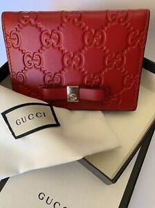 """Gucci Guccissima Women's Red Bow Tie Card Case / Holder 4.5""""x 3.25"""" NWT"""