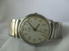 Timex Silver Toned Men's Wristwatch w/ Metal Expansion Band WORKING!