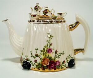 Vintage Royal Albert Old Country Roses OCR Figurine 6 Cup Victorian Table Teapot